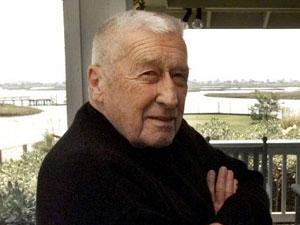 Muere Mickey Spillane, creador del detective Mike Hammer