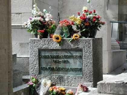 Manda flores... a Jim Morrison