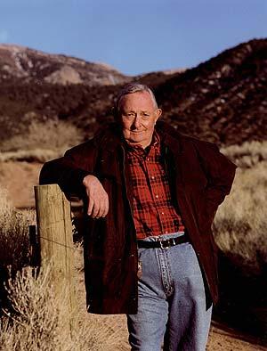 Fallece el escritor Tony Hillerman