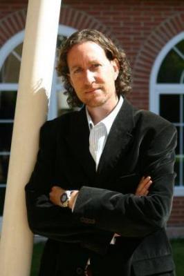 Jerónimo Tristante se consolida como autor de novela negra con '1969'